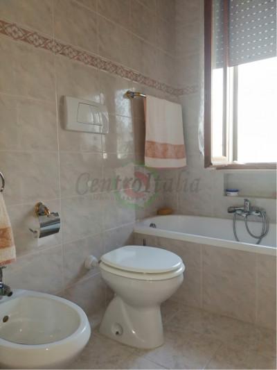 Appartamento in Vendita a Acquaviva Picena #13